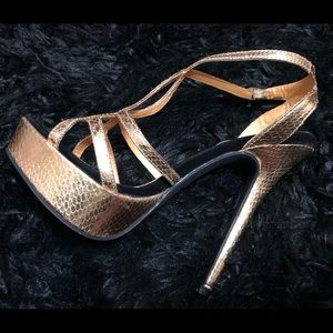 Nice shoes !!
